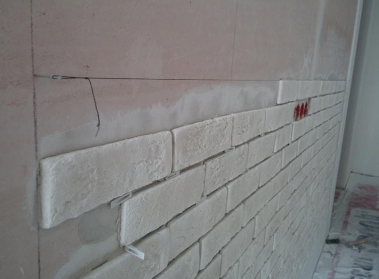 Клей для гипсовой плитки под кирпич