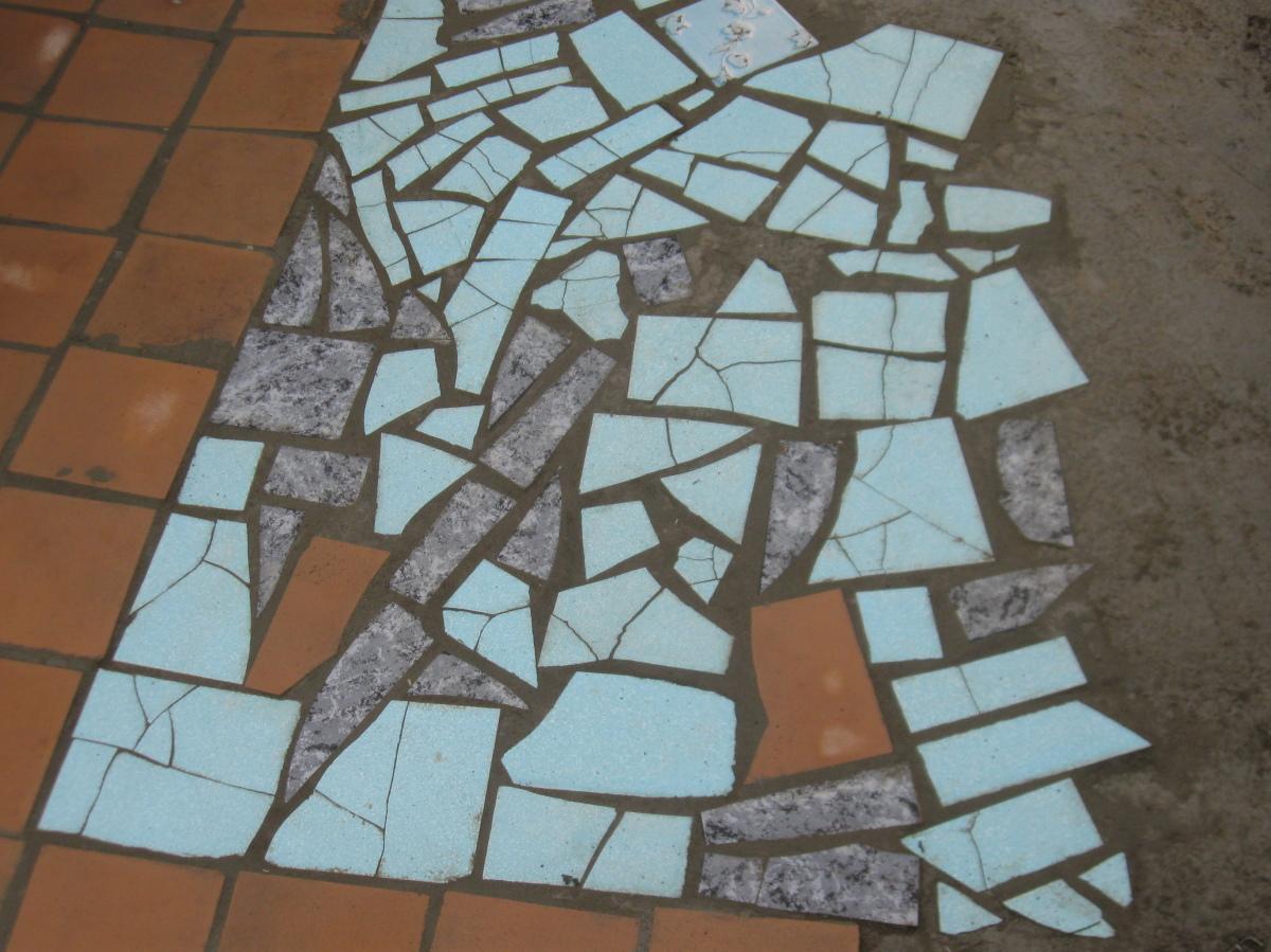 Как очистить цемент от плитки
