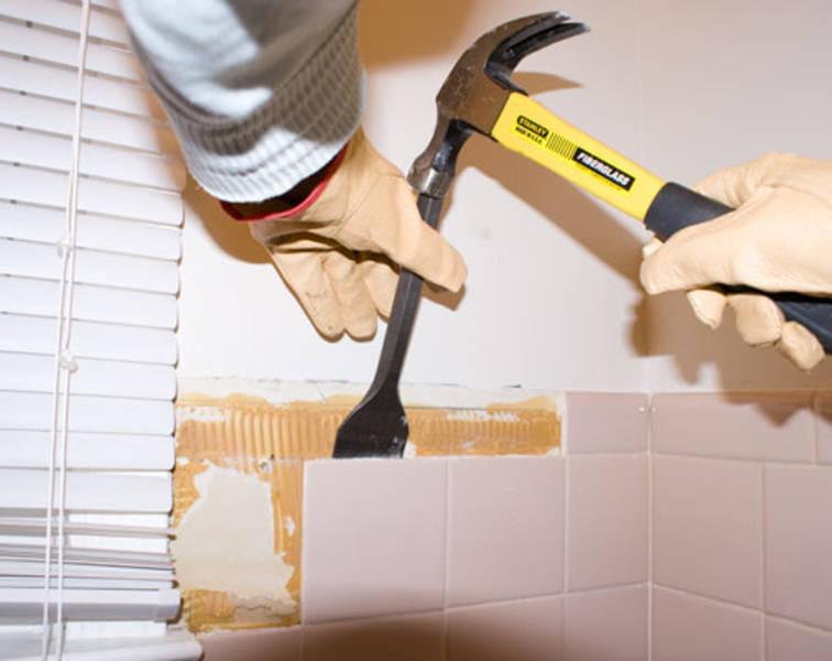 Ceramic tile removal equipment