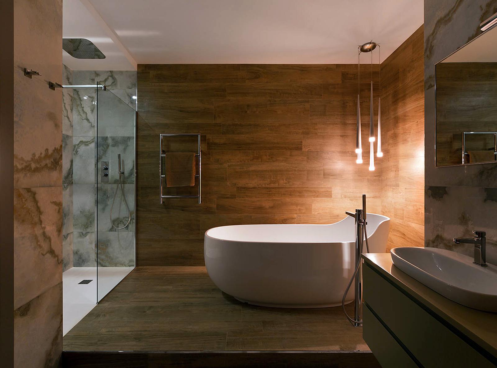 Отделка ванных комнат внутри Marg. Кран поворотный RU0000AA03  хром 1шт.
